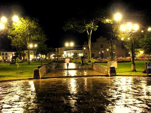 Plaza de Armas de Cajamarca (by morrissey)