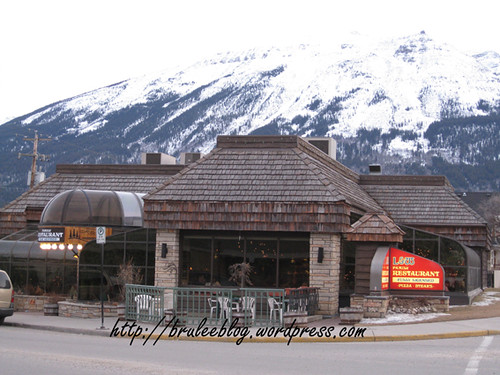 L&W Family Restaurant, Rocky Mountains in the background