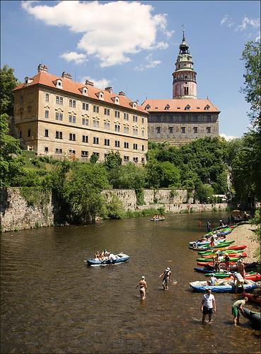 A Krumlov-kastély és a raftingozás vége a folyón