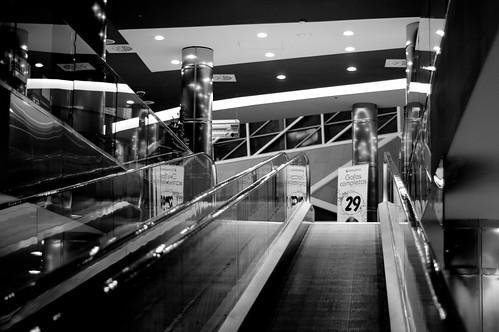 La soledad de un centro comercial (I)
