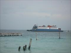 le ferry passe...