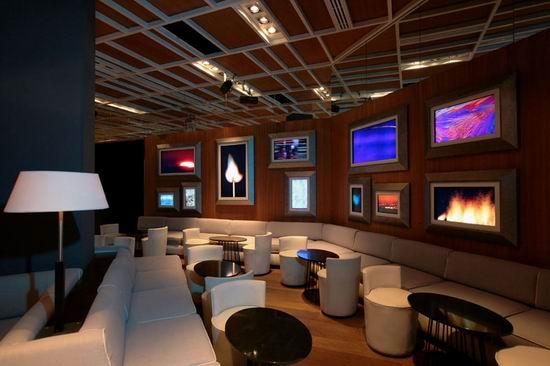 15 Nisha Acapulco - Mixing Wall Photos Interior Design Decoration