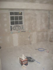Basement bedroom - Before