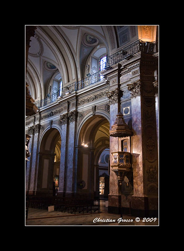 "Catedral de Buenos Aires • <a style=""font-size:0.8em;"" href=""http://www.flickr.com/photos/20681585@N05/3414092123/"" target=""_blank"">View on Flickr</a>"