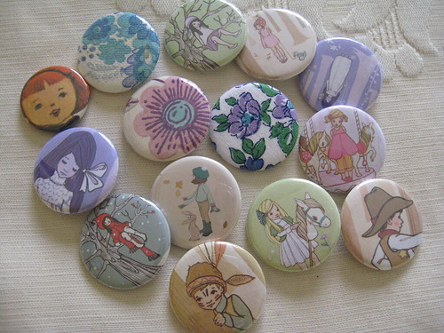 Badges from Lark by you.