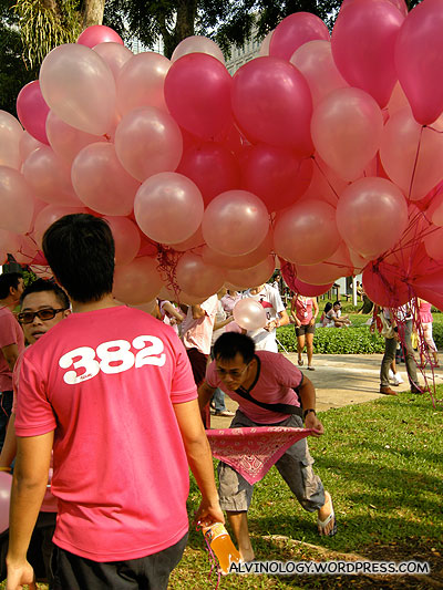 More balloons in different shades of pink