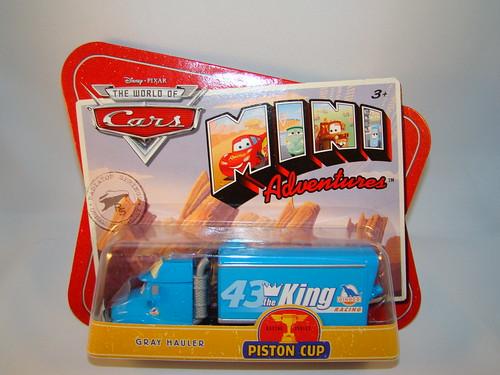 CARS King Mini Hauler (1)
