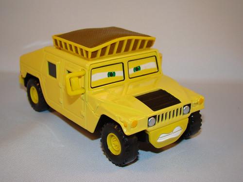CARS Megasized Hummer Sven (4)