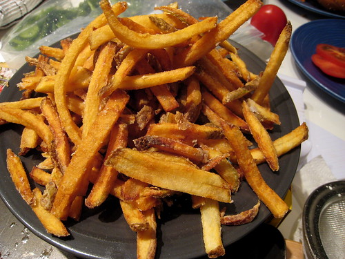 A big plate of fries.