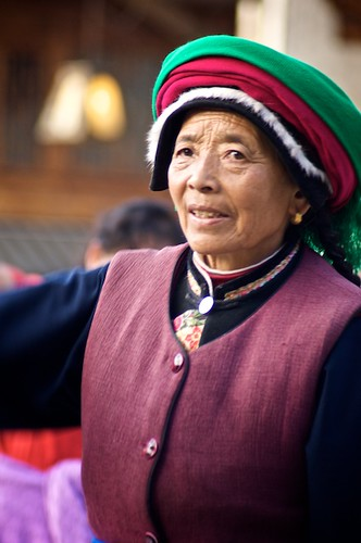 The local Tibetan women still dress in the traditional clothing customary to their tribes.
