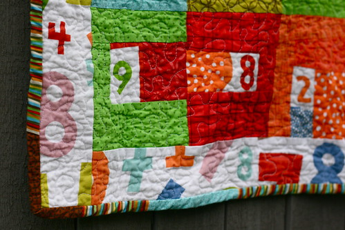 [baby numbers] doll quilt detail