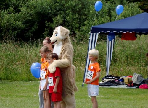 KIKA mascot and kids
