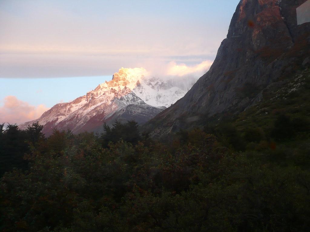 amanecer en los Cuernos del Paine