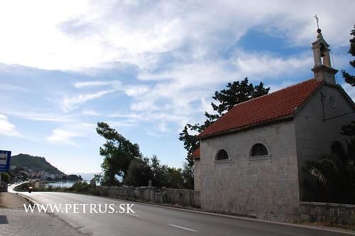 St Martin near main road in Podstrana