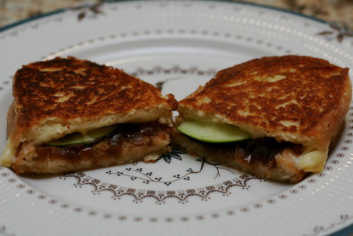Green Apple and Brie Sandwiches with Quick Onion Chutney