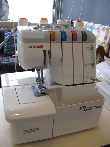 Janome MyLock 2007 by you.