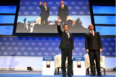 Wen Jiabao, Klaus Schwab - World Economic Foru...