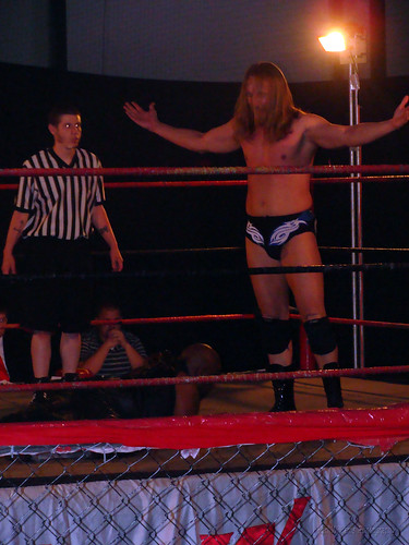 Mark Sterling's tenacity and skill allowed him to get a win over the former LWA Champion Shorty Biggs. Photo by Kari Williams