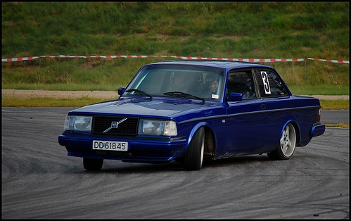 Volvo drift by GT323.
