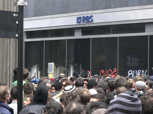 Protesters attacking a strangely unprotected RBS branch in Threadneedle Street, April 1 2009