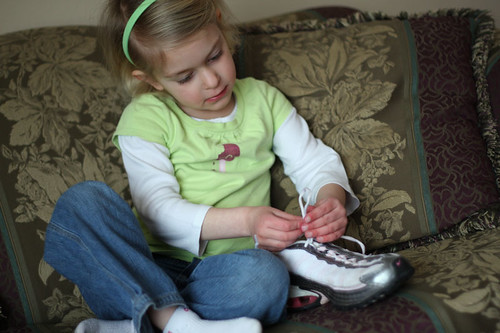 Learning To Tie Shoe Laces 1