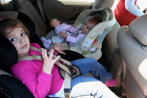 car_seat_sisters