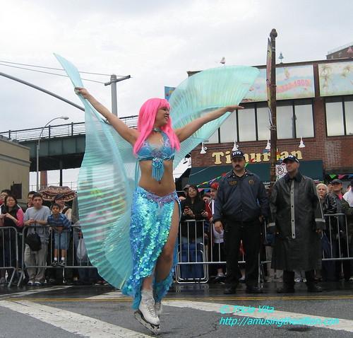 Roller skating mermaid. June 20, 2009. Photo © Tricia Vita/me-myself-i via flickr