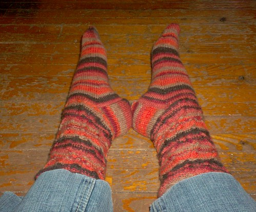 Tilted Cable Socks, complete