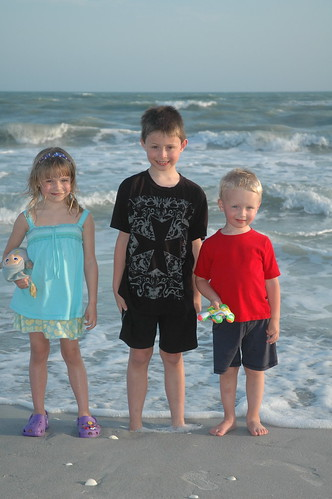 Kiddos at Sanibel April 09