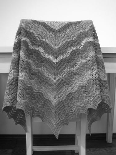shawl b&w