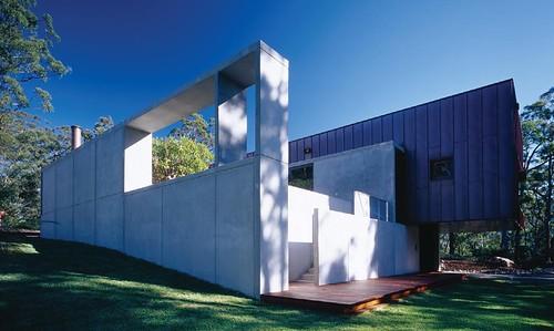 Kangeroo House2