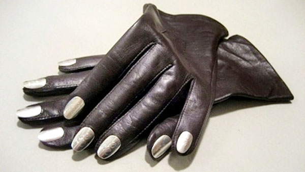 Models Direct: Gloves with a twist