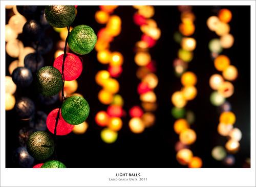 LIGHT BALLS