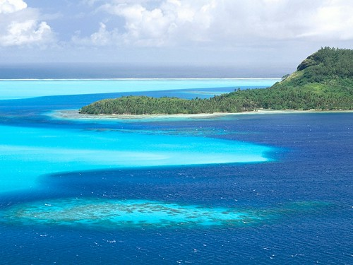 Colors of the Bora Bora Lagoon, French Polynesia