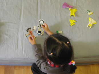 【摺紙】為紙娃娃添衣服:舞衣與球衣(4.6ys)