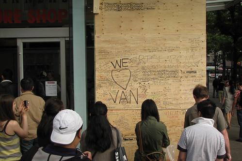 WE Love VAN