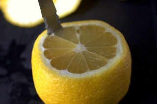 scooping out the lemon