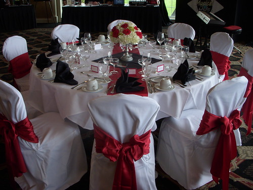 Black, White and Red Tablescape