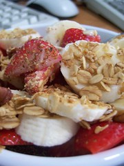 banana_strawberry_overnight_oats_2