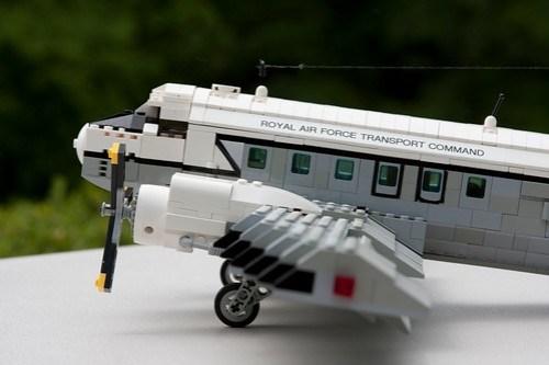 LEGO Douglas C-47 Dakota Skytrain