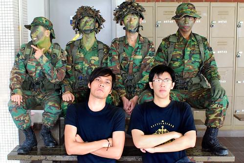 20081215_nus_7016_oms_soldiers_large