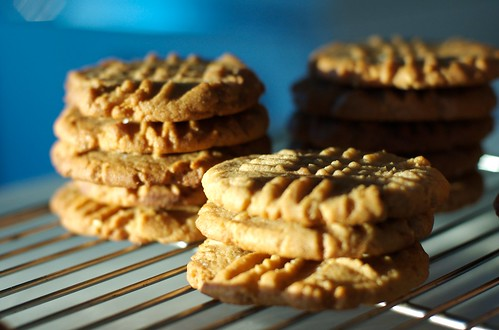 peanut butter cookies cooling on a rack