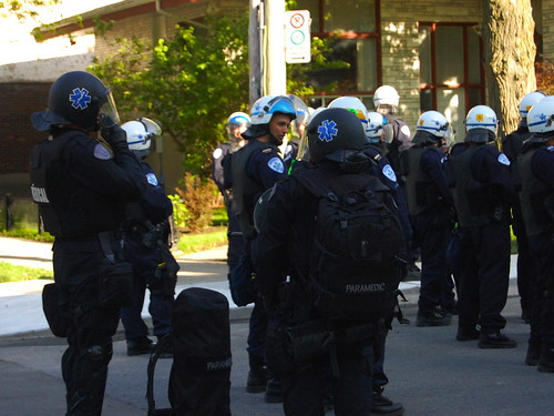 Riot police deployed throughout Point Saint-Charles 4