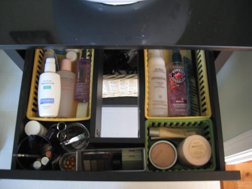 vanity drawer - organized