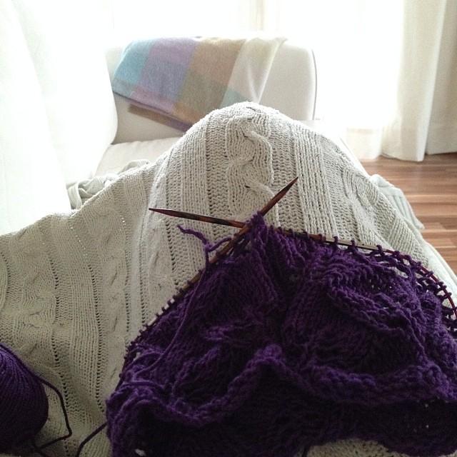 #8 ach... an diese Wochendsache könnte ich mich gewöhnen ;-) #strickenaufdemsofaisttoll #stricken #knitting #12von12