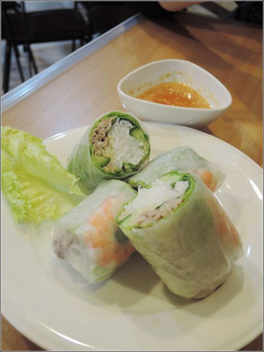 13353417535 1395766aa8 o 小西貢越南河粉,也有賣泰式小吃全部大碗好吃