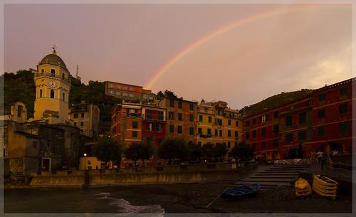 Vernazza mit Regenbogen