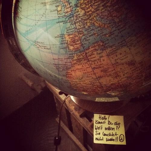 Hallo! Kannst Du die Welt retten?? Sie leuchtet nicht mehr!! :(