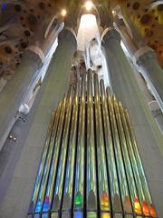 Pipe organ behind the altar