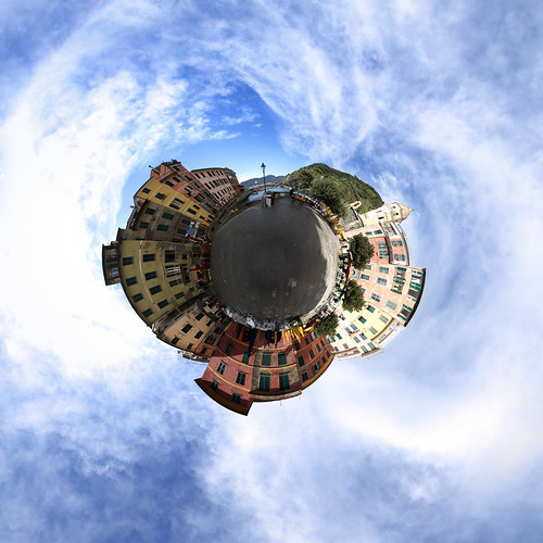 Vernazza Platz - Little Planet